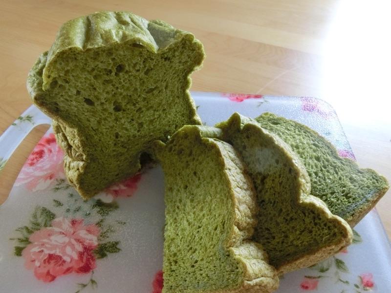 ほうれん草食パンのホームベーカリーレシピ!野菜嫌いな子どもにオススメ野菜パン!