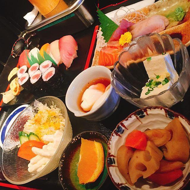 奈賀良(ながら)@四日市の海鮮丼ランチの口コミやメニュー、アクセスや画像は?【PS純金ゴールド】